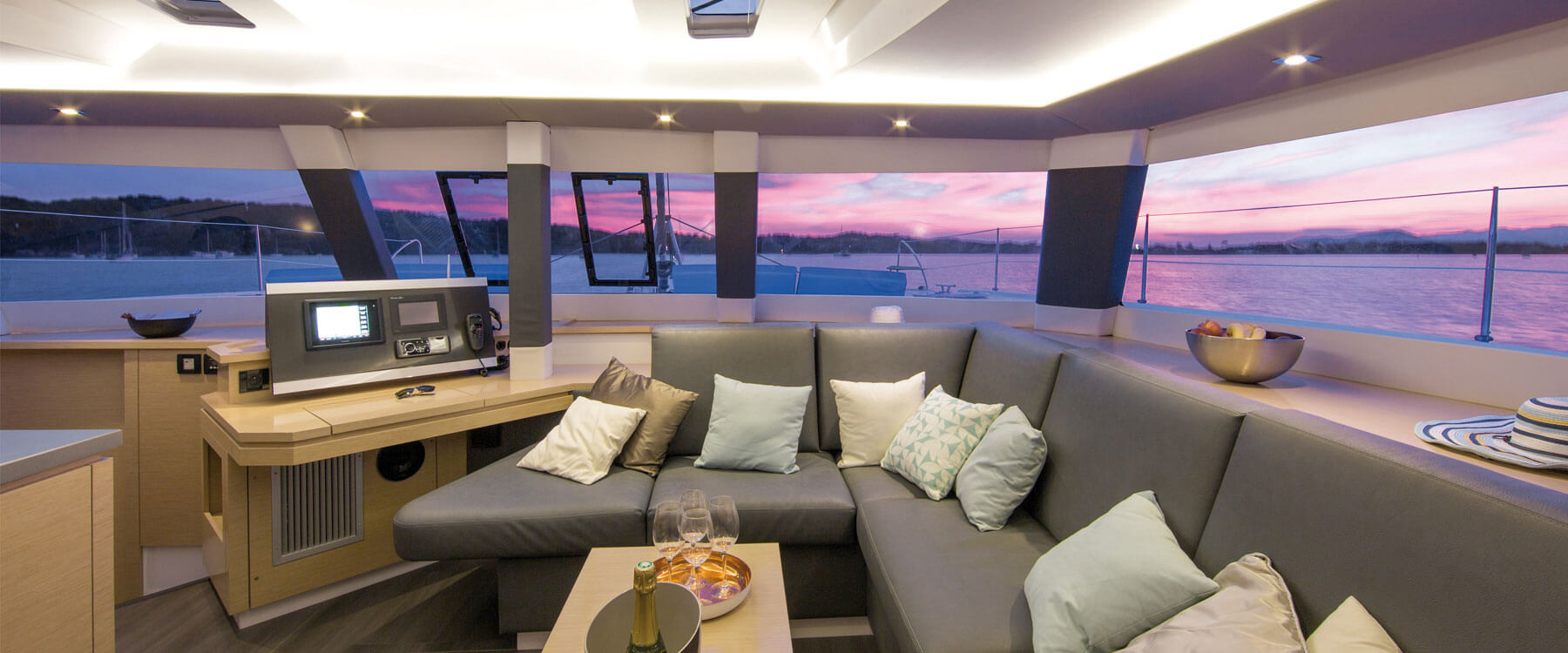 Fountaine Pajot Saba 50 - yacht commissioning
