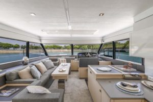 Fountaine Pajot MY 40 interior