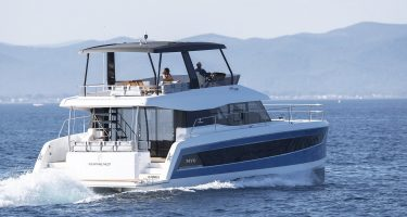 Fountaine Pajot MY6